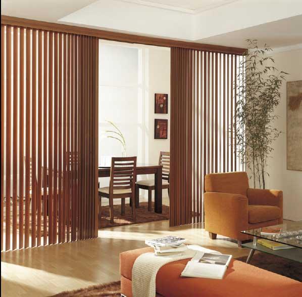Persianas verticales de madera cortinas manzanodecora for Tabiques moviles ikea