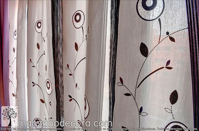Detalle de la tela bordada