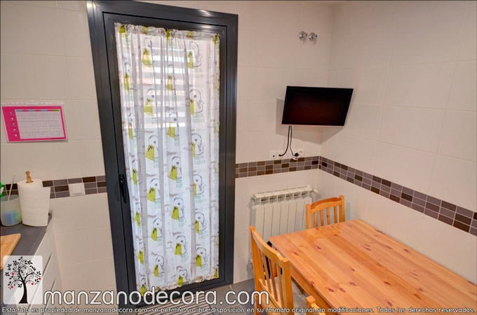 Persiana-interior-gusanillo-cortinas-cocina-Basilico