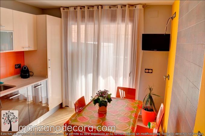 cortina de ollaos para cocina