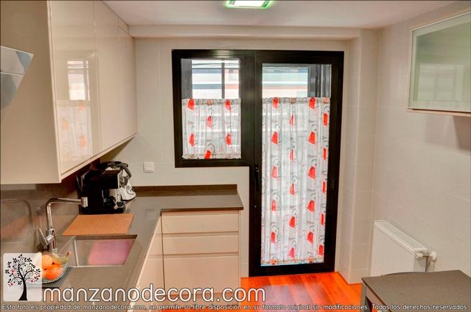 cortina para cocina en galería