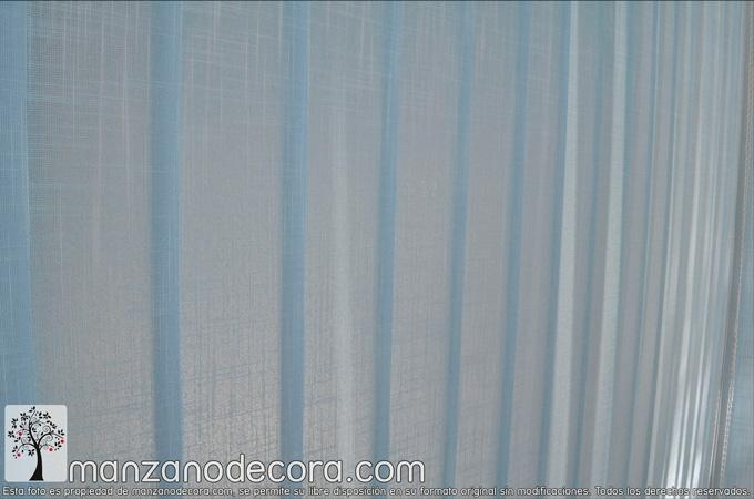 Detalle de cortina vertical de tejido