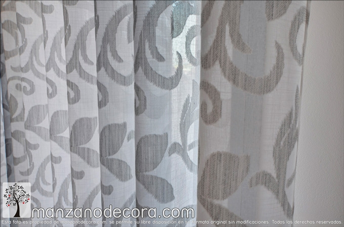 detalle cortina de ollaos estampada