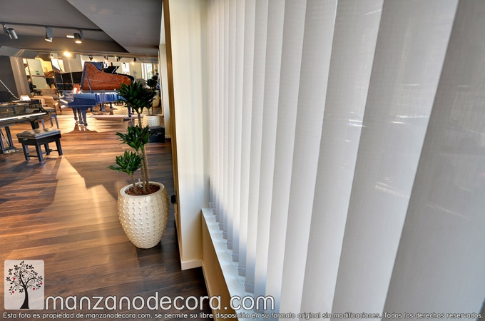Cortinas-Verticales-Screen