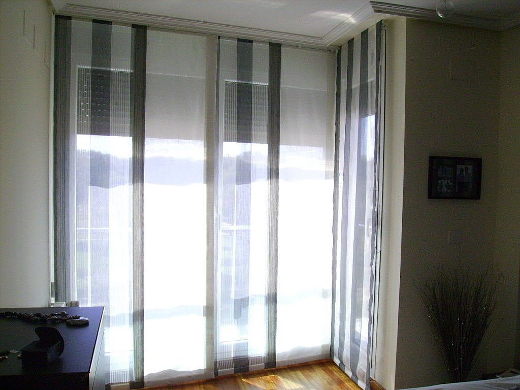 Paneles japoneses cuadros y rayas cortinas manzanodecora for Telas para paneles japoneses